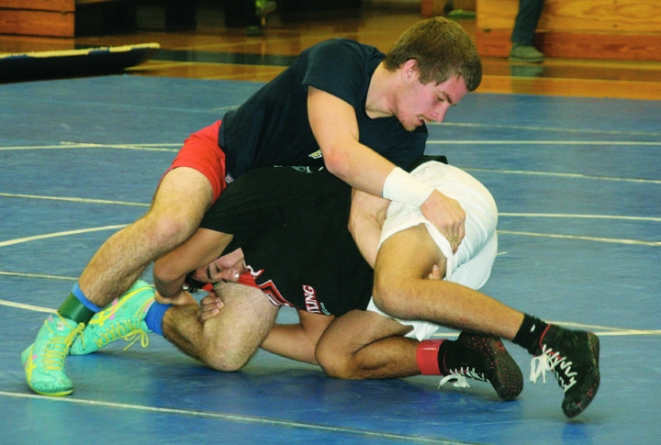 Hundreds of wrestlers to compete in SDHS's War on the Shore