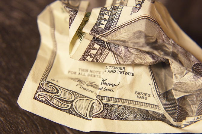 Minimum wage hike could hit resort restaurants hardest