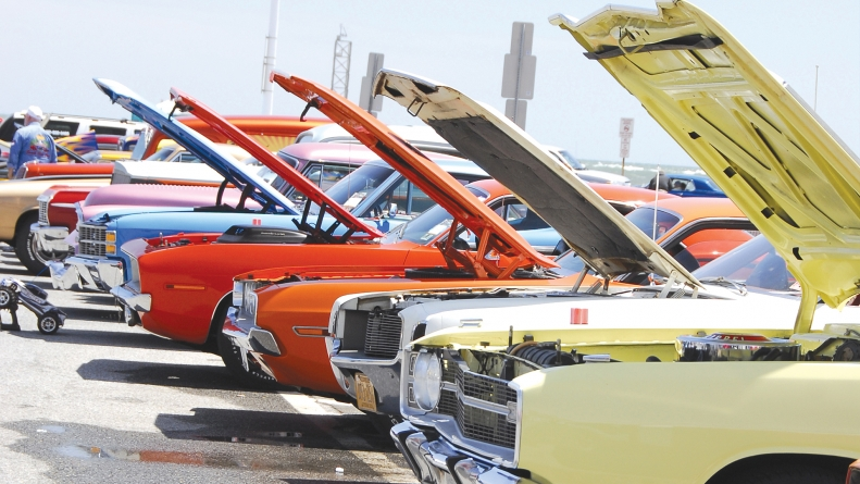 Cruisin Ocean City Thousands Of The Nation S Finest Classic Custom