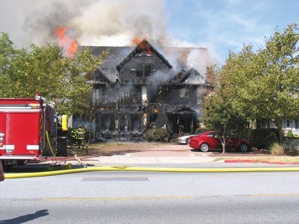 Fire destroys resort townhomes