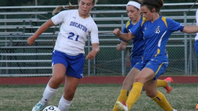 Decatur athletes earn Bayside Conf. and team awards