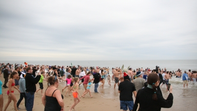 Cold swimmers with warm hearts raise funds for AGH