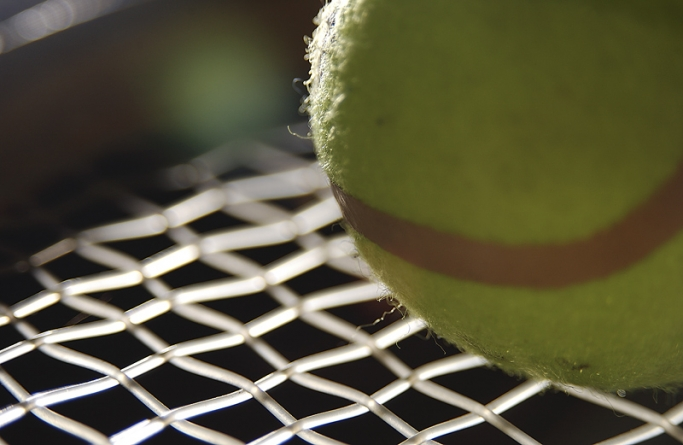 Prep tennis squads earn victories