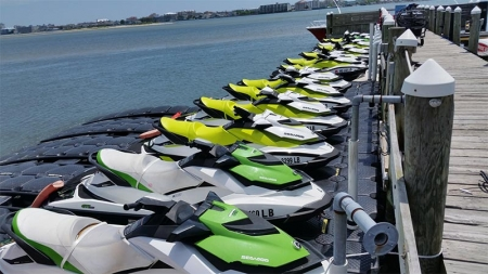 Jet Away on these Jet Ski Photos
