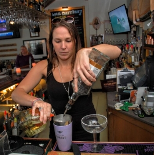Our Top Year-Round Bars in Ocean City