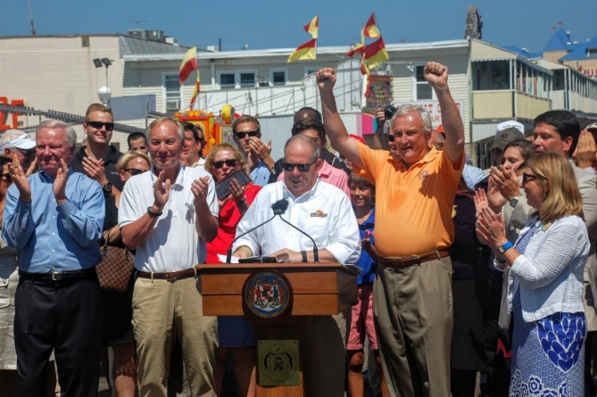 Governor Larry Hogan signs Executive Order to start school after Labor Day