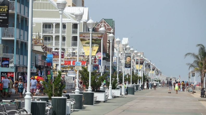 No, the Boardwalk Does Not Close