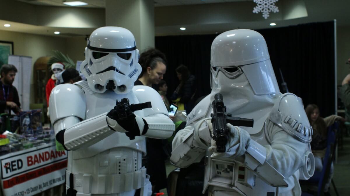 stormtroopers comic con