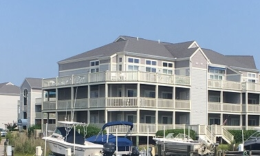 Beach Home Beautiful: Luxurious Living on 125th Street Bay View Condo